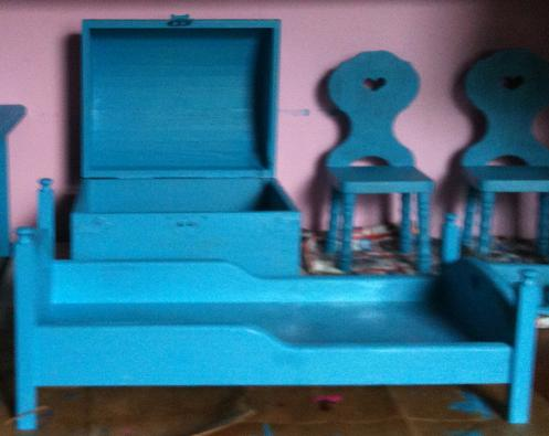 Doll_bed_pool_party_blue