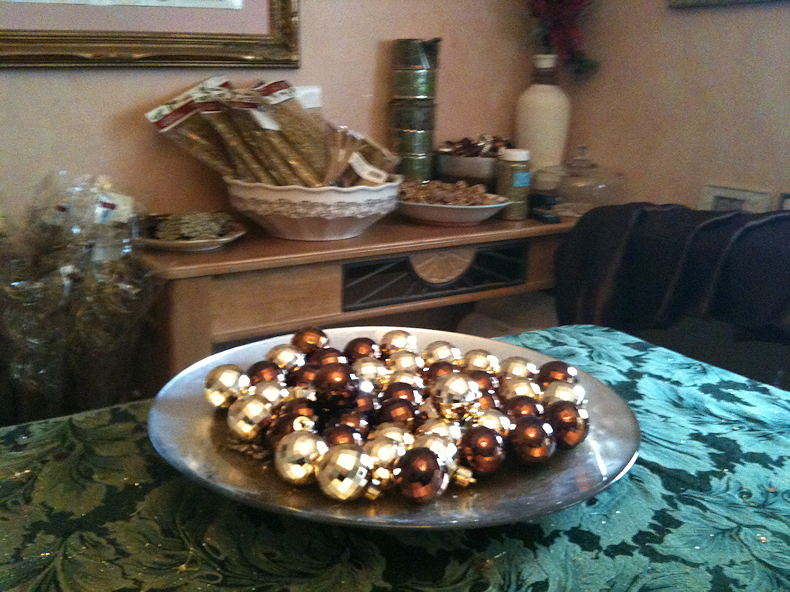 bowl_of_baubles
