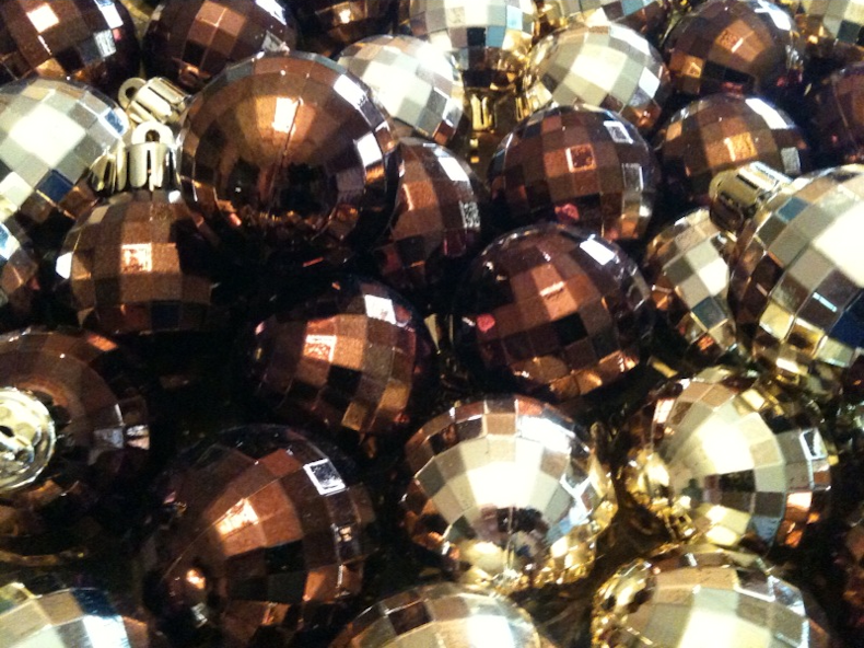 brownish_baubles