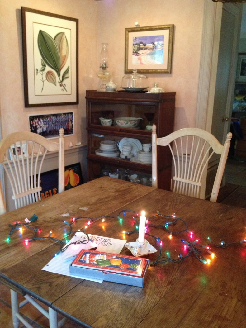 adding_christmas_cards_to_the_scene